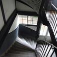 曲がる階段